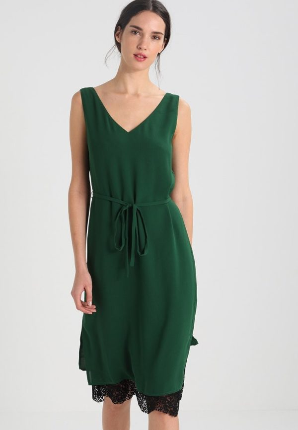 Летние платья и сарафаны 2020: зеленое