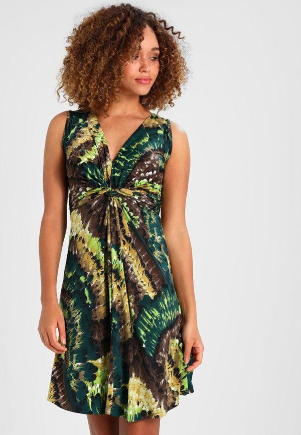 Летние платья и сарафаны 2020: зеленое в разводах