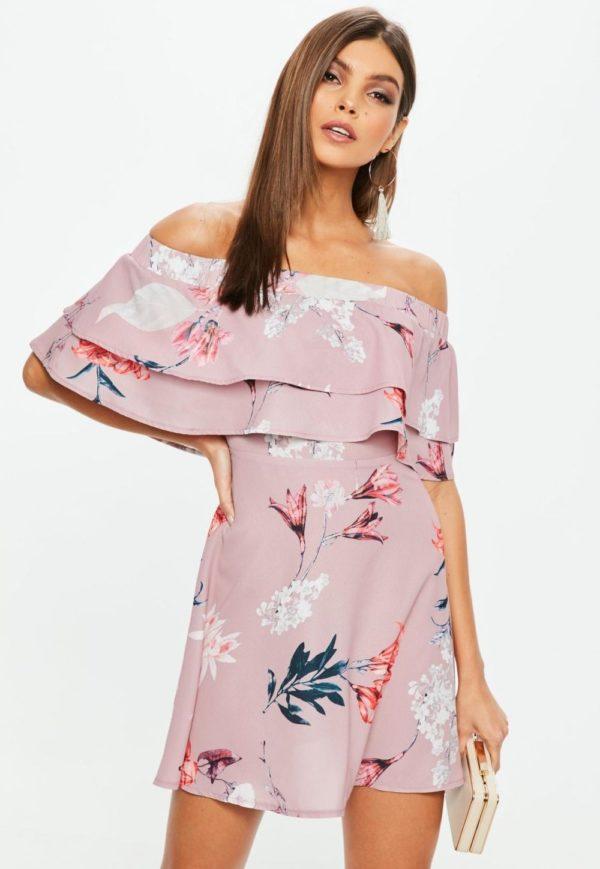 летние платья и сарафаны: розовый в цветок с воланами