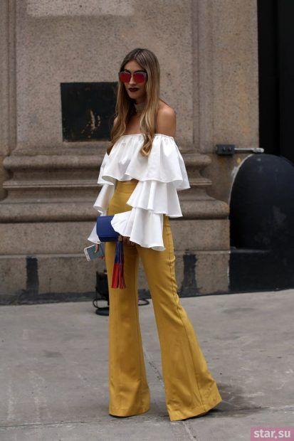 женские брюки: клеш желтые