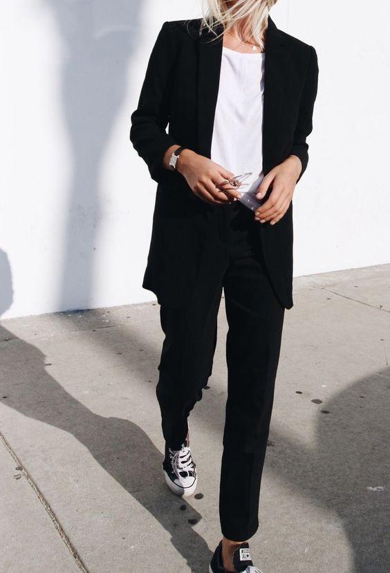 женский костюм мода 2018-2019: с укороченными брюками