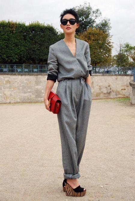 модные костюмы женские фото: с ремнем и поясом
