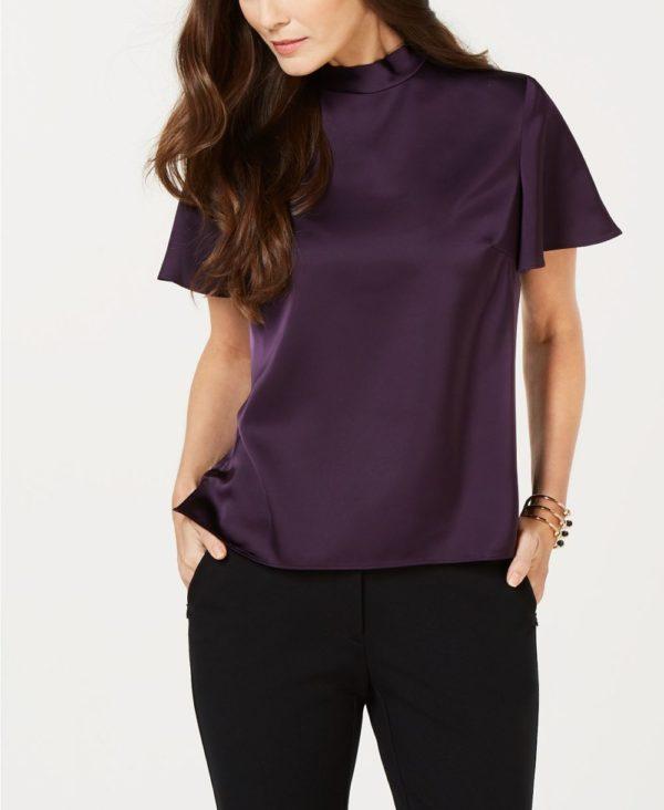 фиолетовый верх черные штаны