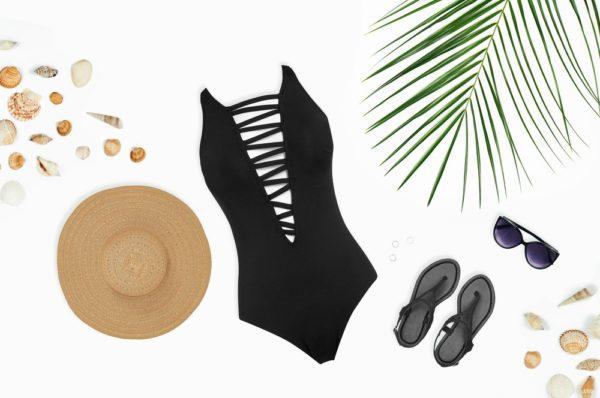 пляжный черный купальник