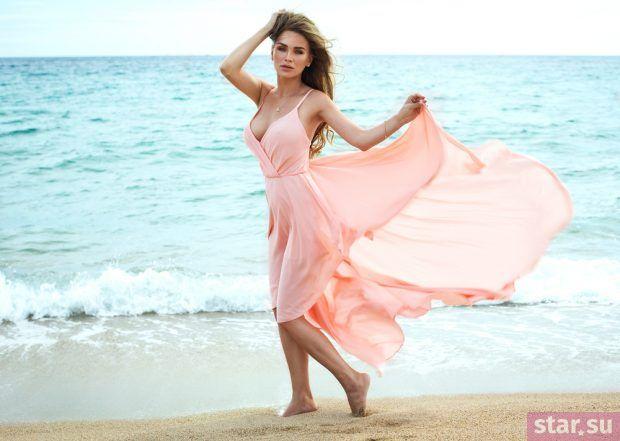 летние образы 2019 для девушек: воздушное платье розовое