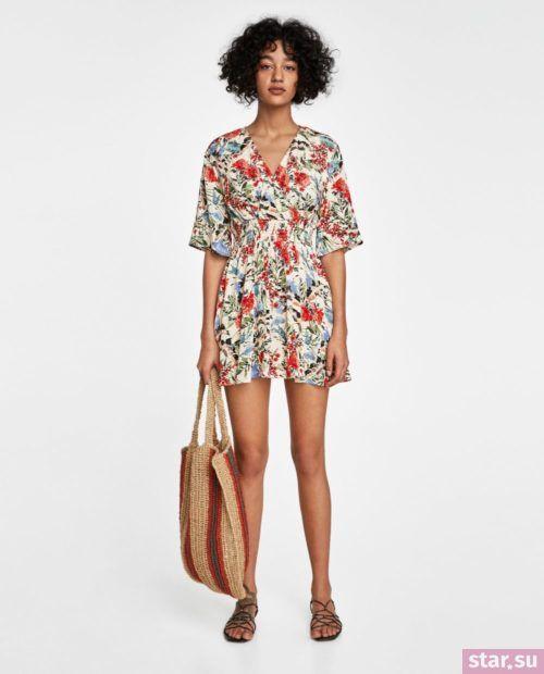 летние образы 2019 для девушек: с цветастым платьем
