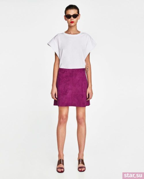 стильные образы лето 2019: с фиолетовой юбкой короткой