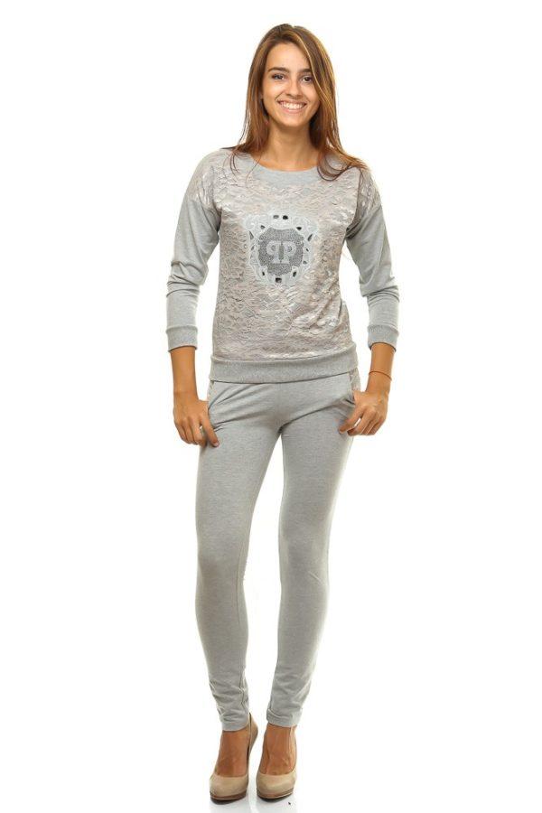 спортивный костюм женский модный: серый со стразами
