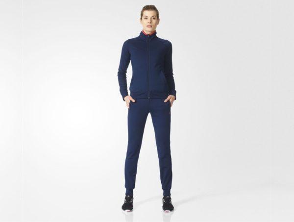 спортивный костюм женский 2019-2020: модные классические