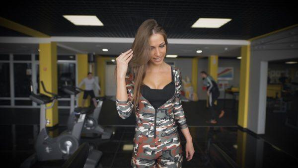 спортивный костюм 2019-2020 женский: Облегающие