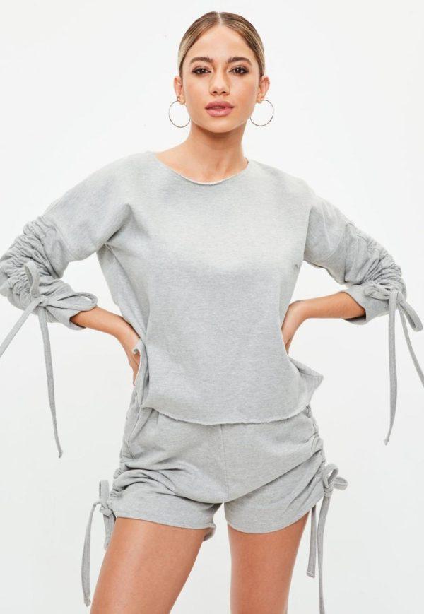 спортивный костюм 2019-2020 женский: серый с шортами в пижамном стиле