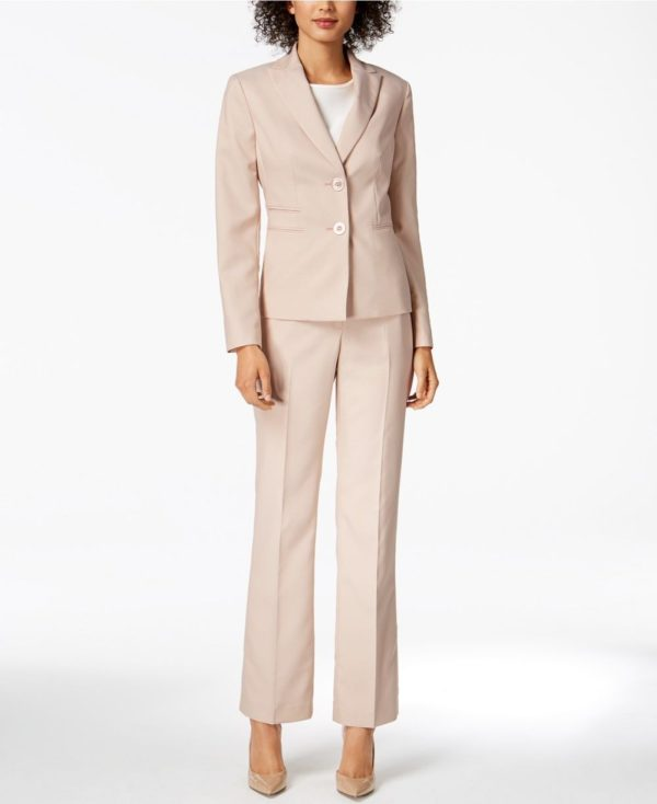 женский костюм мода 2019-2020: розовый с укороченными брюками
