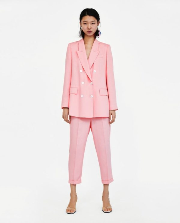 костюм классический розовый