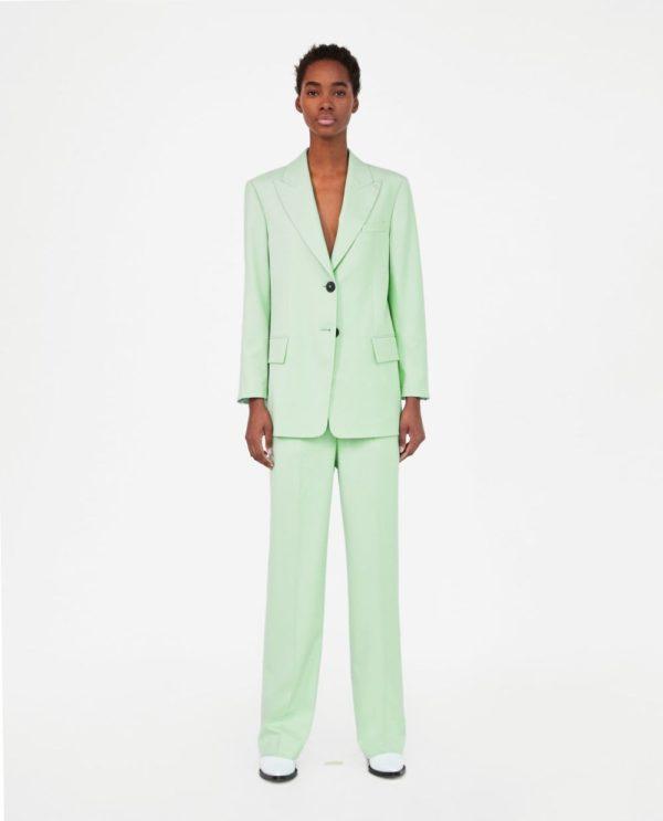 костюм женский фото новинки: зеленый