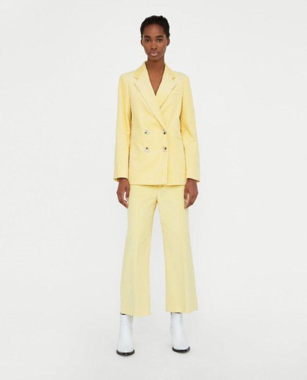 костюм женский фото новинки: желтый
