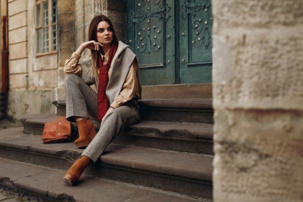стильные луки 2019-2020: Осенний с брюками