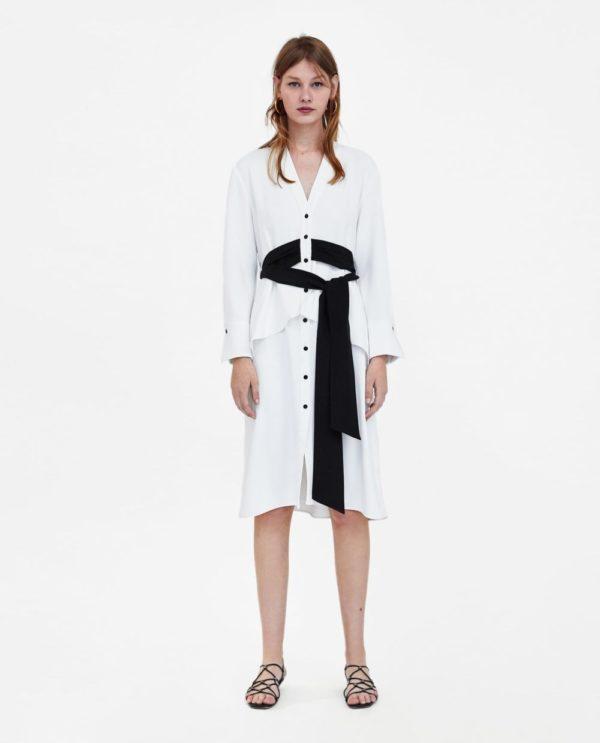стильные луки 2019-2020: с белым платьем с черным поясом