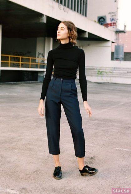 укороченные брюки с чем носить: прямые темно-синие
