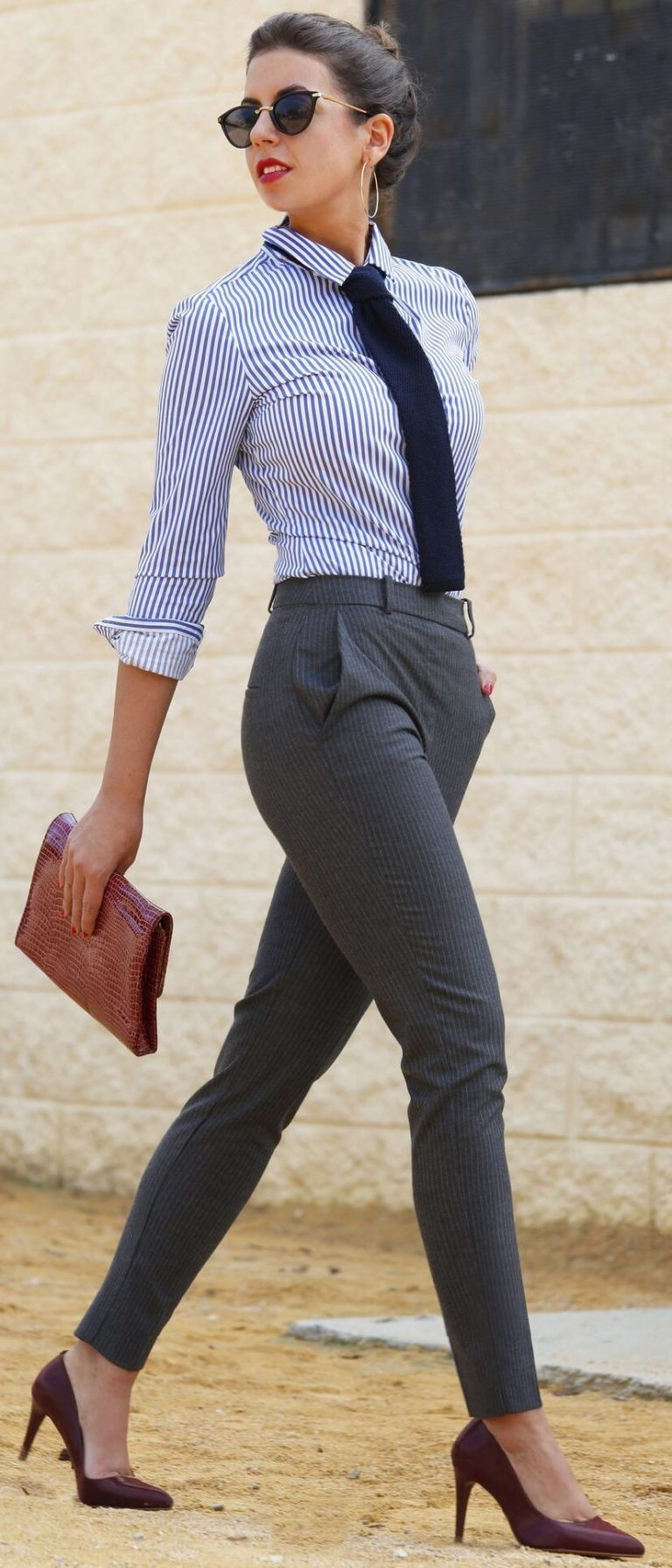Fashionable office attire for women 36