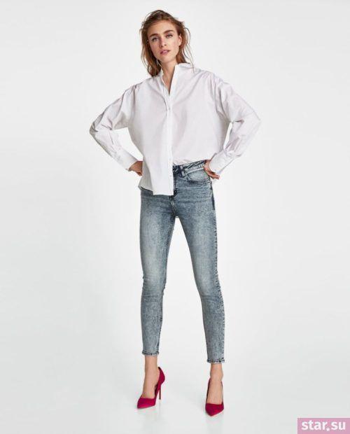 синие джинсы узкие белая рубашка