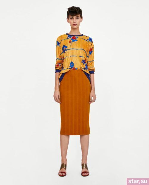 модные летние образы 2019: оранжевая юбка