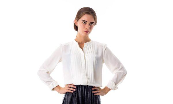 Модные блузки из шифона 2020 года: белая