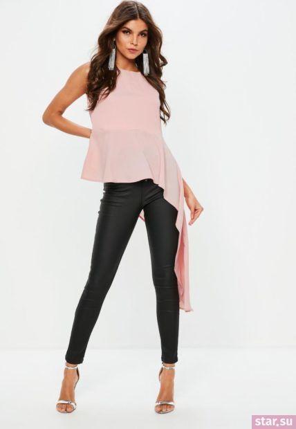Модная бежевая шифоновая блузка с баской