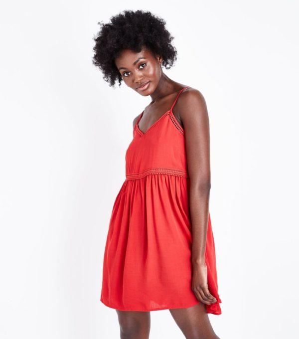 Модное красное платье на каждый день весна лето 2020-2021