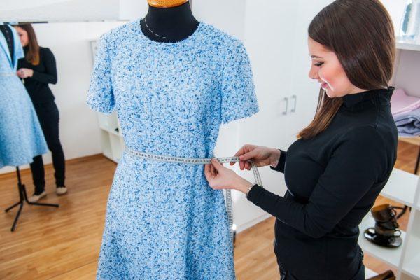 платья на каждый день 2019-2020: Трикотаж