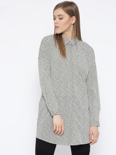 модная женская рубашка: Удлиненная пестрая