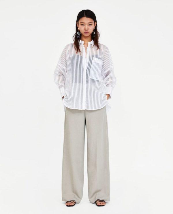 Модные женские рубашки 2018-2019: белая в полоску
