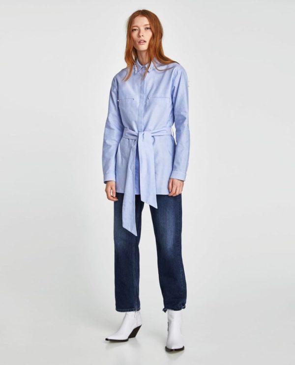 модная женская рубашка: синяя с поясом