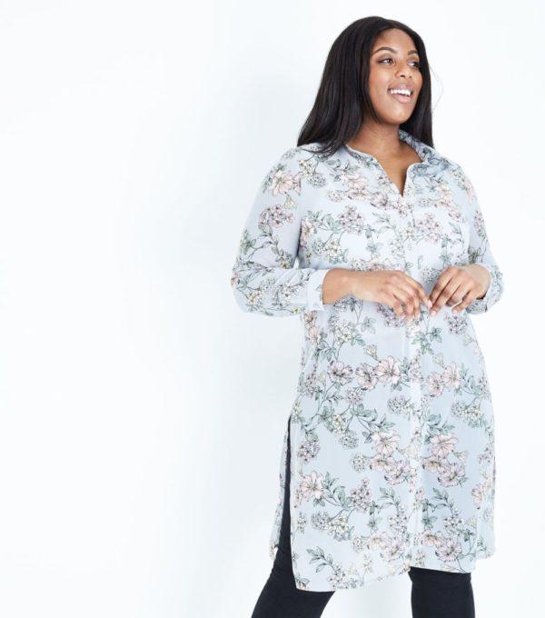 модная женская рубашка: Удлиненная в цветочек
