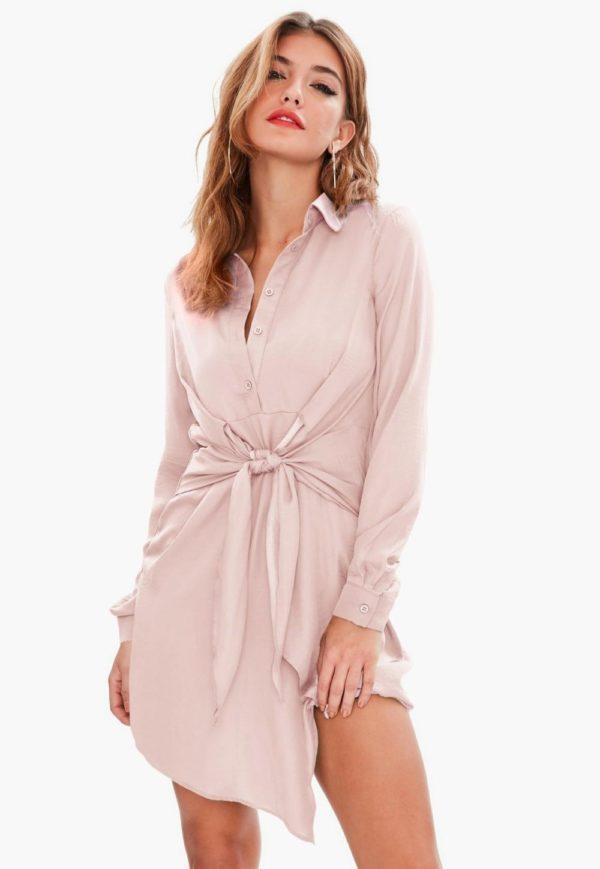 модная сорочка: Удлиненная бежевая с поясом