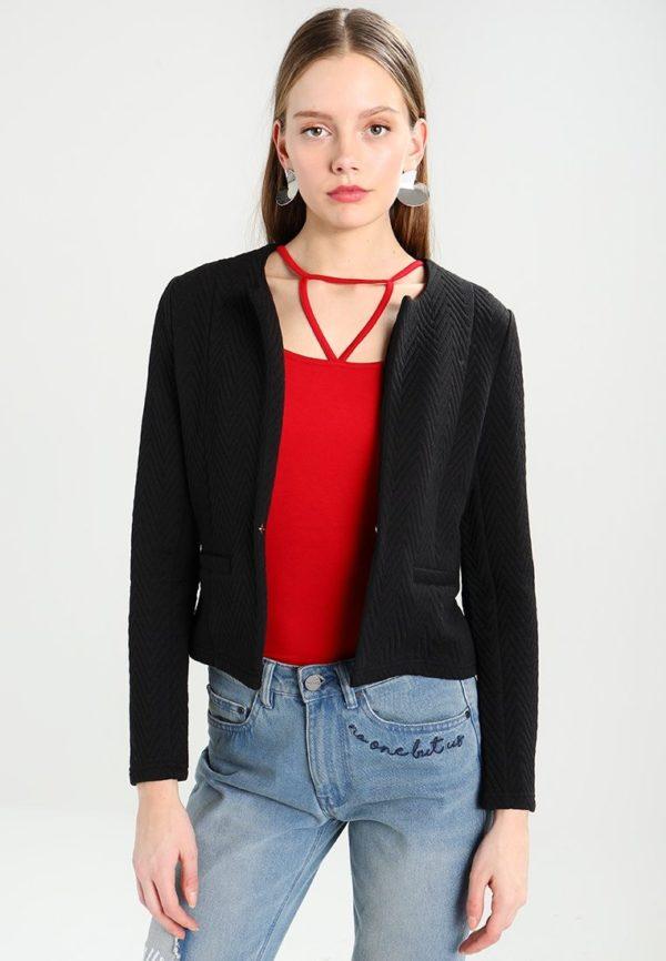 Модные женские пиджаки 2018-2019: черный укороченный с вышивкой