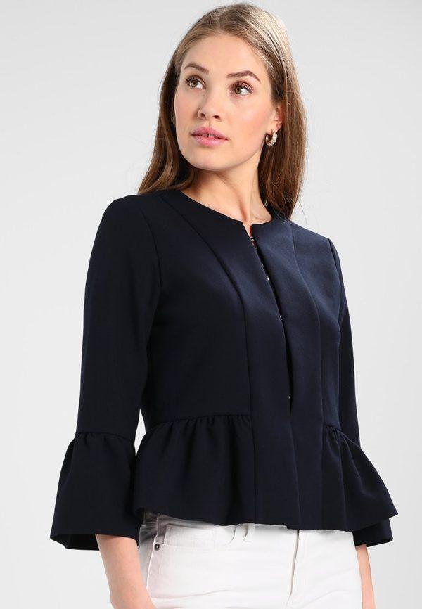 женские пиджаки: черный укороченный на пуговицах