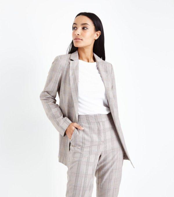 женский жакет: серый удлиненный в полоску