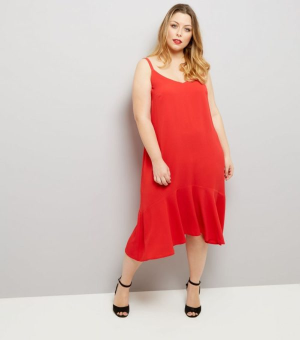 Платья 2018-2019: красное для полных