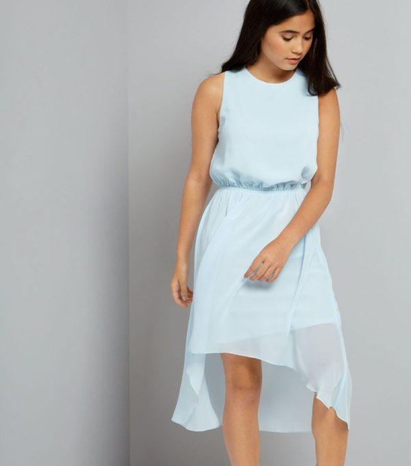 Шифоновое голубое платье