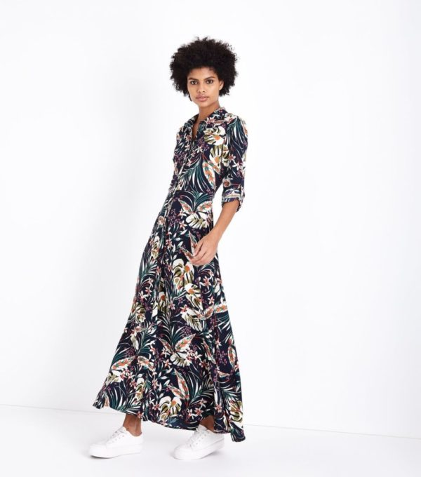 Длинное черное в цветок платье
