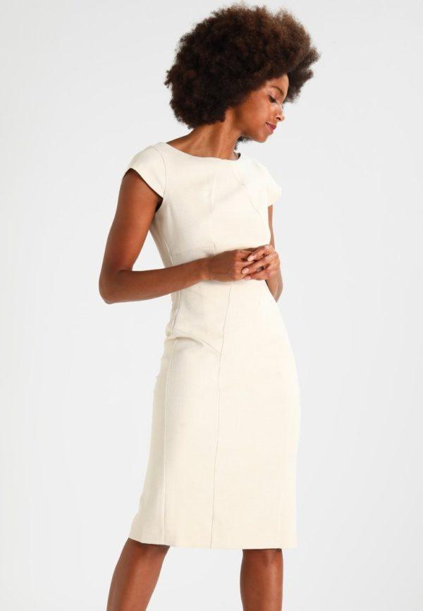 Офисное белое платье