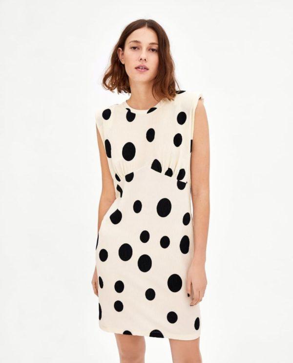 Платья 2018-2019 года: белое в черный горох