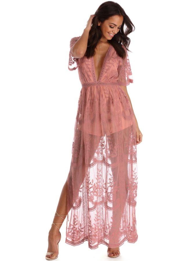 Выпускное платье: Кружевное розовое длинное