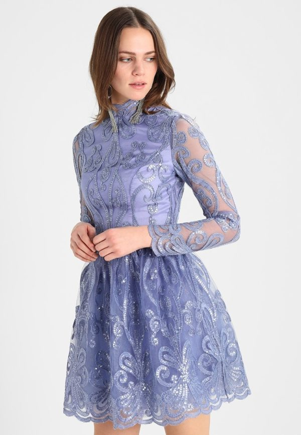 Выпускное платье: Кружевное светло-синее