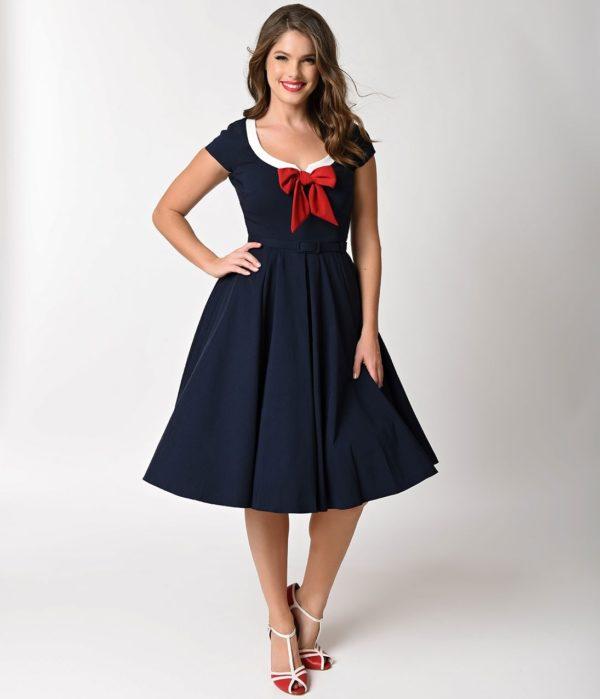 выпускное платье: синее ретро