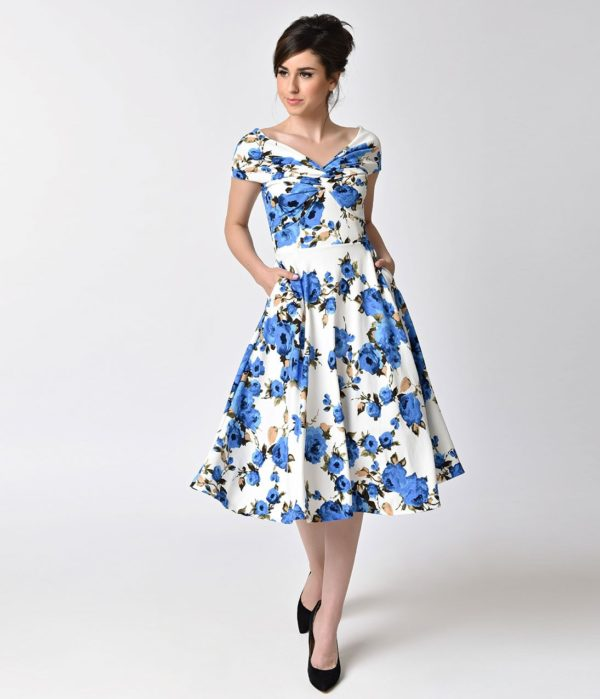 выпускное платье: белое с принтом ретро