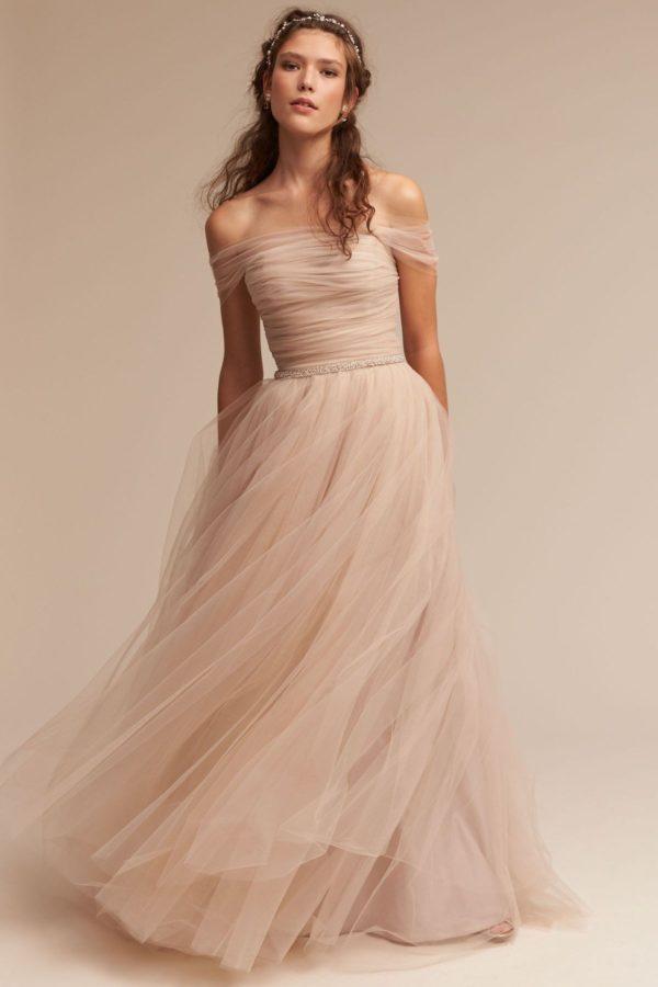 выпускное платье: в пол пышное