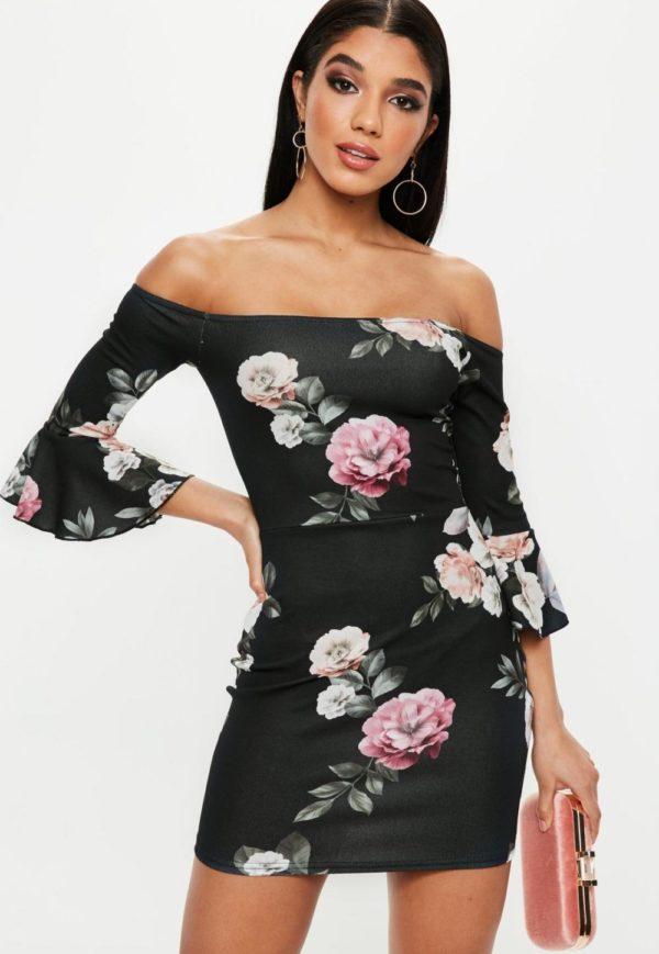 Платья на выпускной 9 класс: черное в цветочек с открытыми плечами