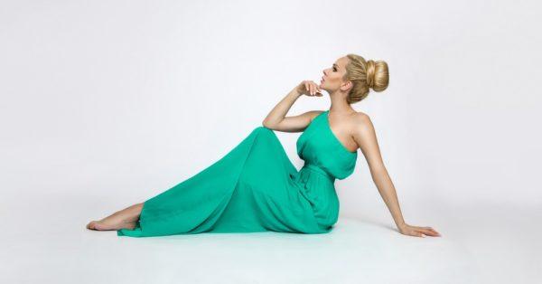 Платья на выпускной 2018 9 класс: зеленое