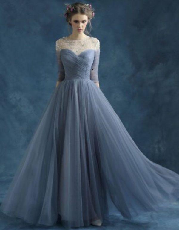 выпускное платье 9 класса: Пышное серое длинное